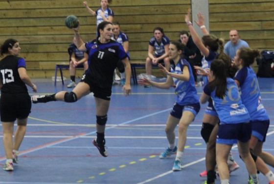 Tania Gusse Equipe de hand ball